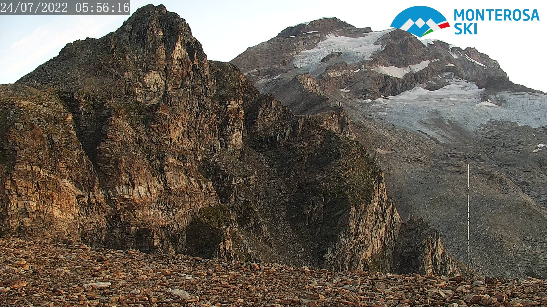 https://www.monterosa2000.it/webcam/3030/022/3030.jpg